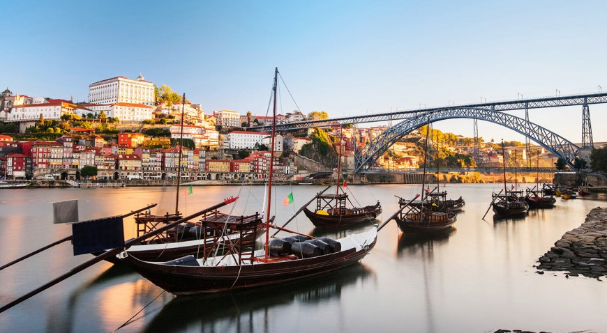 28 Reasons that make Porto perfect for holidays